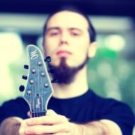 Белорусский гитарист стал эндорсером Mayones