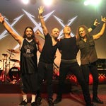 Смотрим видео с эксклюзивного концерта Metallica