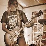 Умер гитарист Motorhead. RIP